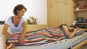 2-Altenpflege-Positionieren-Basale-Stimulation-Startbild